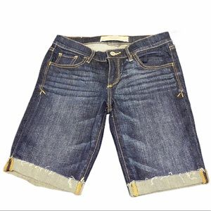 abercrombie and fitch Bermuda shorts size 2